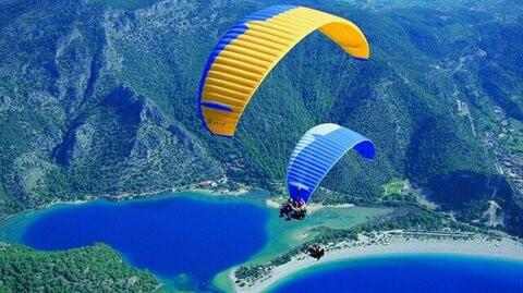 ¿Dónde está el mejor lugar para parapente en Turquía?