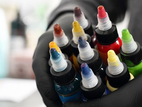 Por que aprender Pigmentología y Colorimetría en Micropigmentación