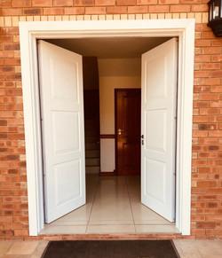 Double entrance security door