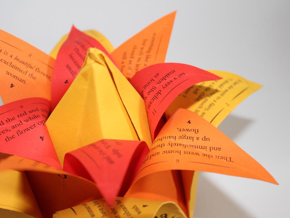 Origami Story: Thumbelina