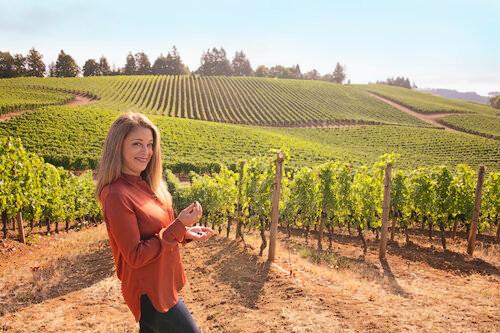 Episode 11: Et Fille Winemaker & Entrepreneur Jessica Mozeico
