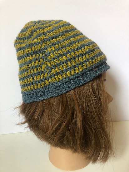 Sheepswool Crochet Blue and Green Hat (S)