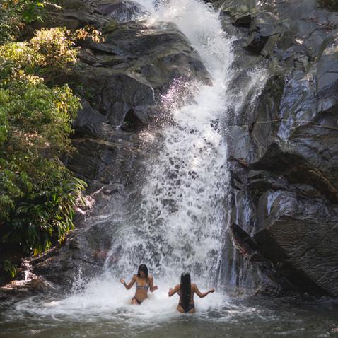 Descubre cascadas cerca de la Reserva Caoba