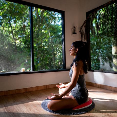 Meditación en la Reserva Caoba
