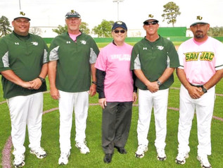 San Jacinto College's baseball team's Play Pink game sets fundraising record