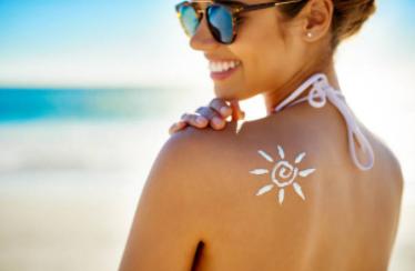 5 soins de la peau naturels après soleil