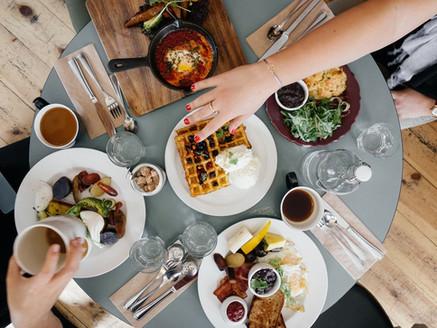 Bonne digestion : Le contexte du repas, le critère oublié...