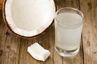 L'eau de coco contre la gueule de bois