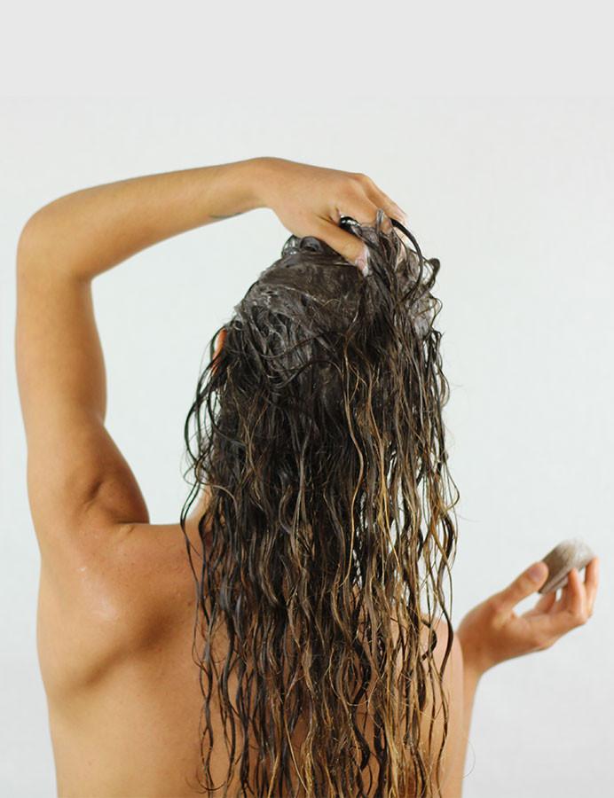 Recette après shampoing démêlant nourrissant solide