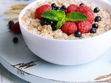 Recette : Le porridge au flocons d'avoine, une idée petit déjeuner complet