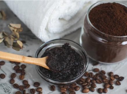 Recette gommage anti-cellulite au café DIY