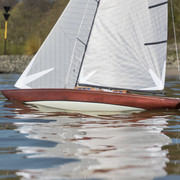J-Class Carbon RC Yacht with Genoa