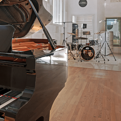 2500x1116_jiffel__0010_grand-piano_opt.png