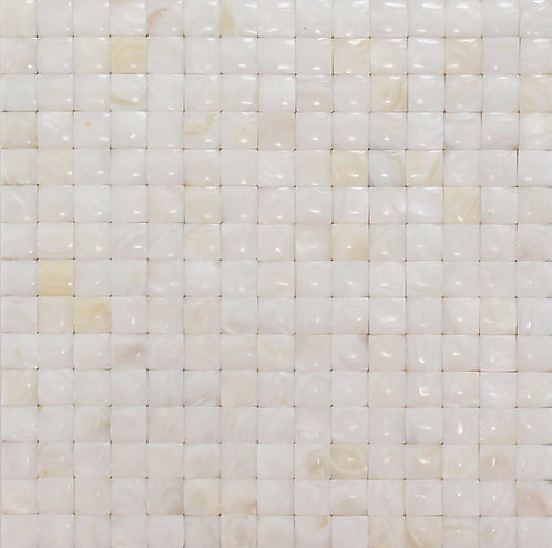Mother of Pearl White Quilt