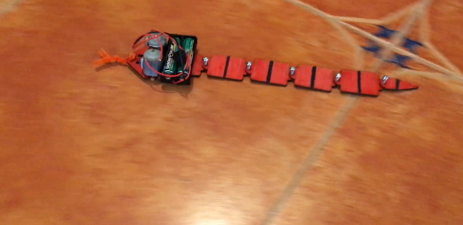 Snake-bot 6seg.mp4