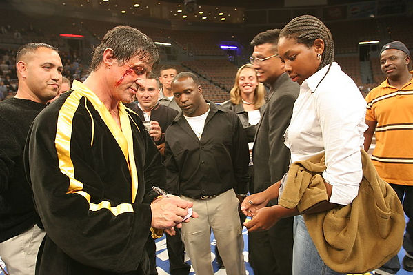 800px-Sylvester_Stallone_Rocky_VI_2005.j
