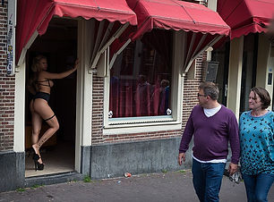 800px-Non-physical_cheat,_Red_Light_district,_Amsterdam_(27536327901) (1).jpg