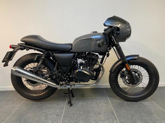Brixton Haycroft 125 cc Black Edition