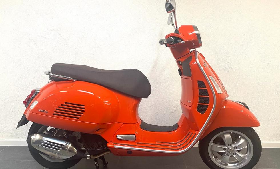 Vespa Gts Classic E5 Arancio