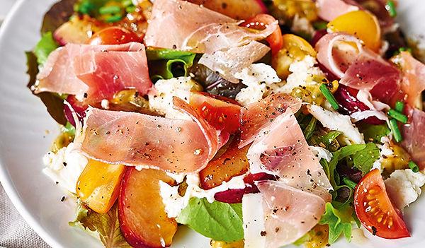 salat_mit_grgrillten_pfirsichen.jpg