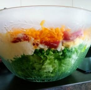 Recette de la salade à 8 étages