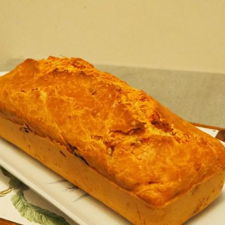 Recette cake Chèvre-Lardons