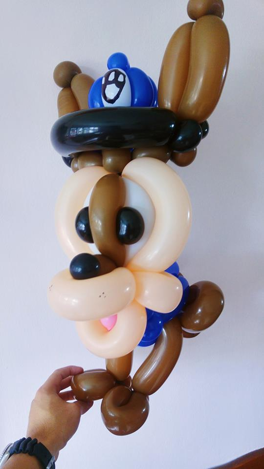 Paw patrol chase balloon sculpting