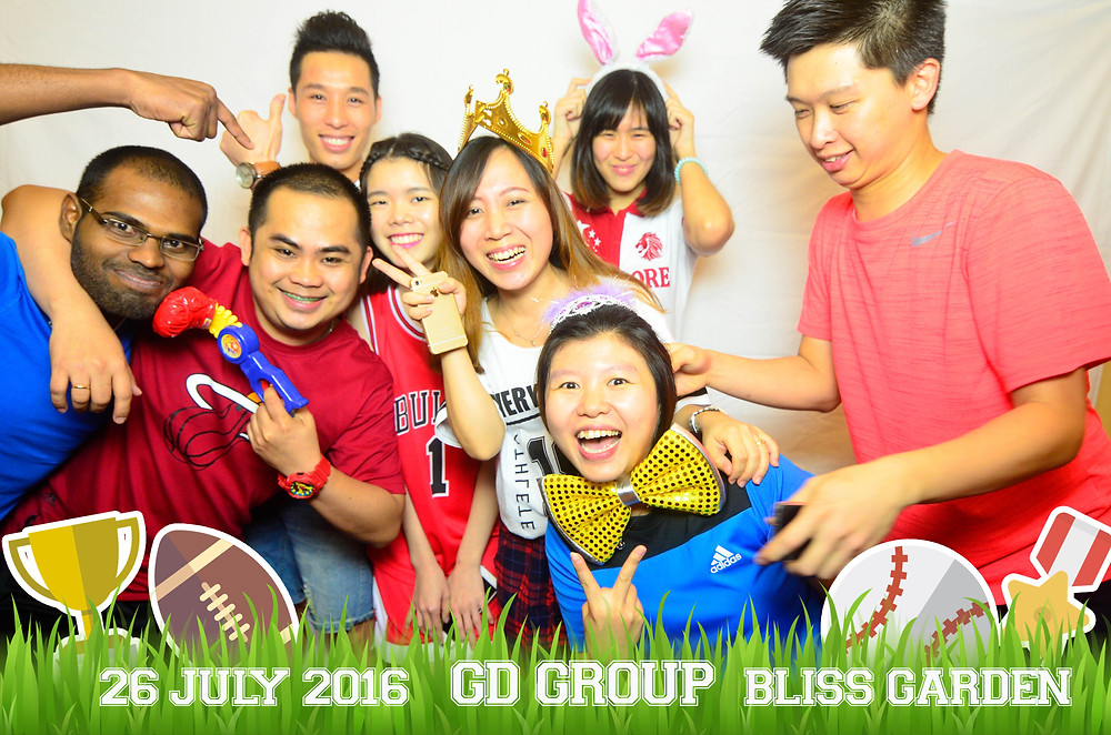 corporate instant print photo booth