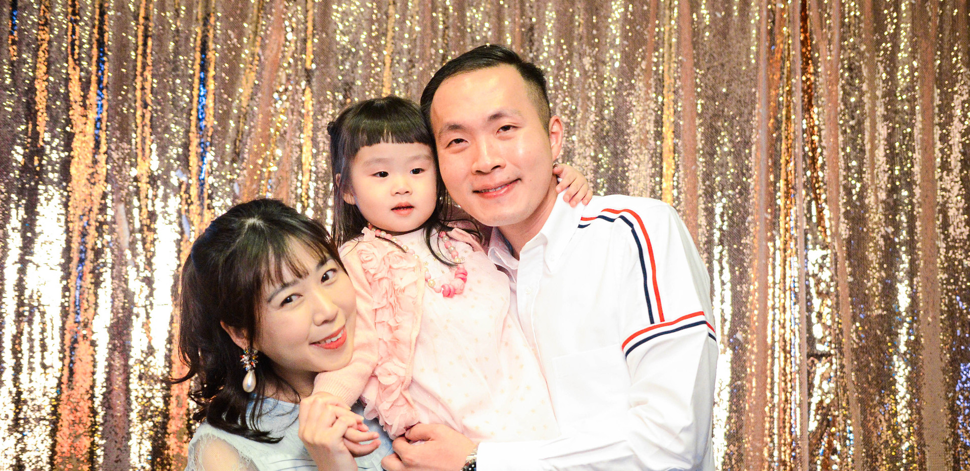 Goldsequinwingyan2.jpg