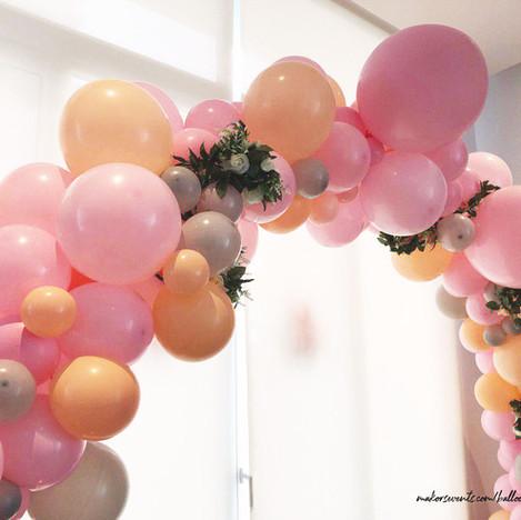 flower balloon arch 1 E.jpg