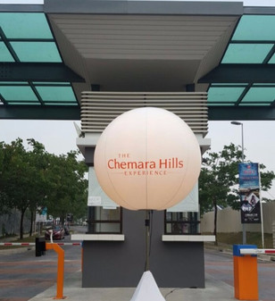 Giant advertising balloon singapore.jpg