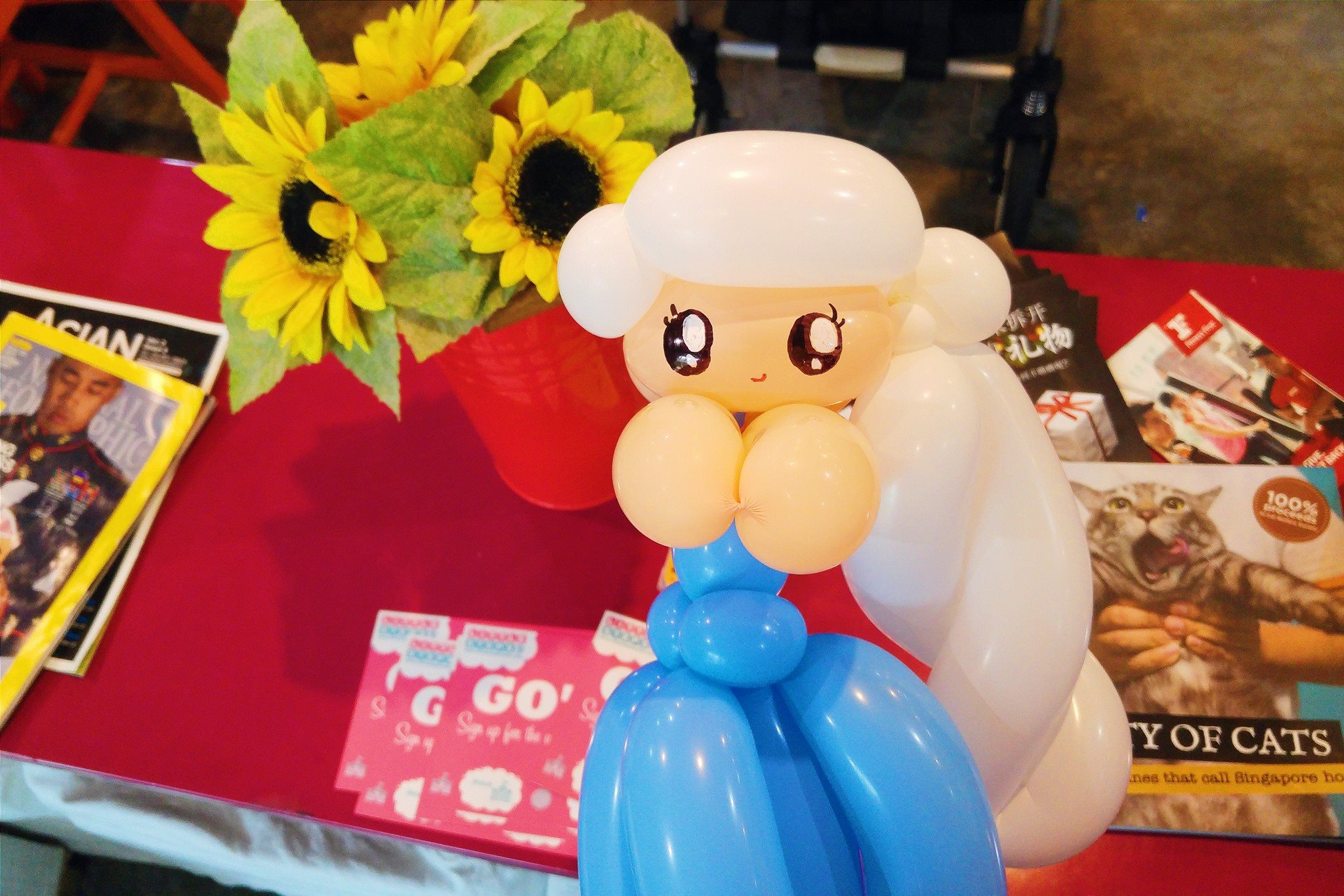 Frozen Elsa Balloon sculpture