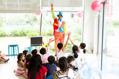 Kids Excited For Magic Show Singapore