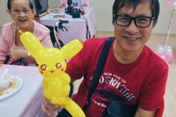 Pikachu balloon art, sculpture!