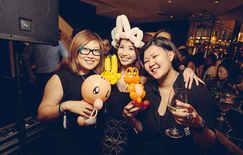 Balloon pokemon sculptures!