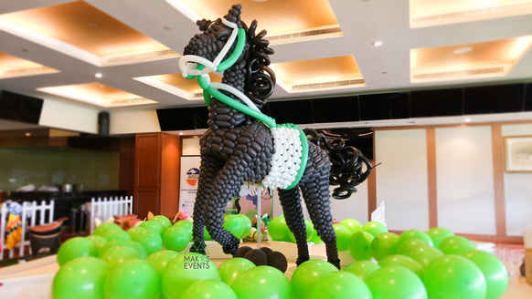 life sized balloon horse balloon decoration made from 260s twisting balloons green and coffree brown balloon at Singapore turf club wih ANZA