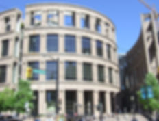 vancouver-library-2656541_1920.jpg