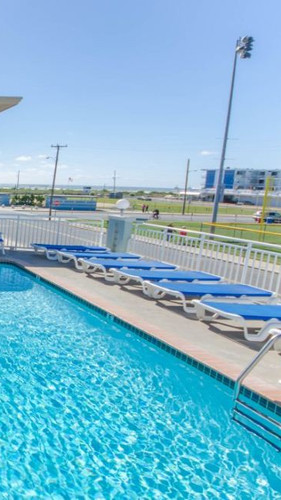 Ocean View Pool & Sundeck