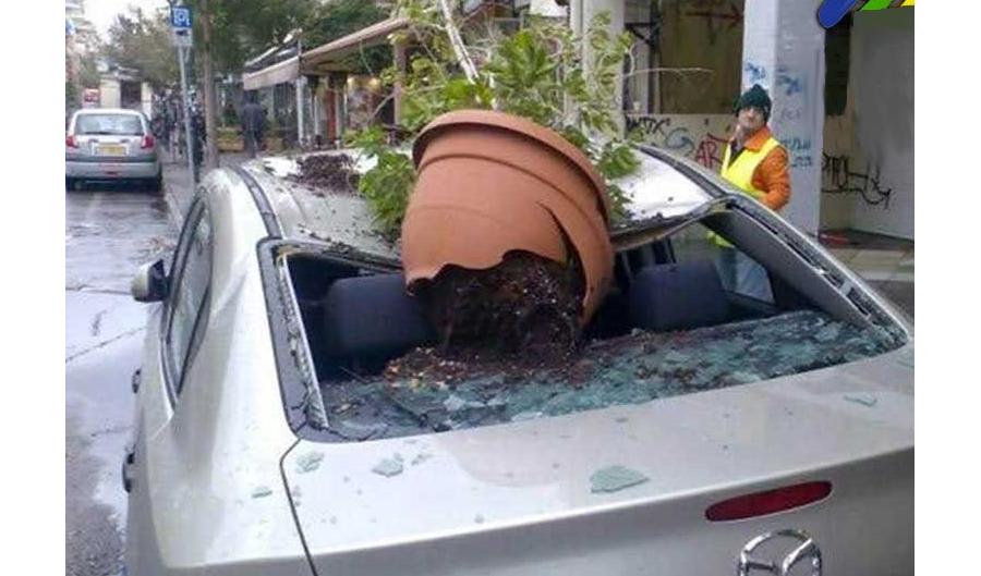 Un vaso che cade dal balcone potrebbe essere punito con l'arresto