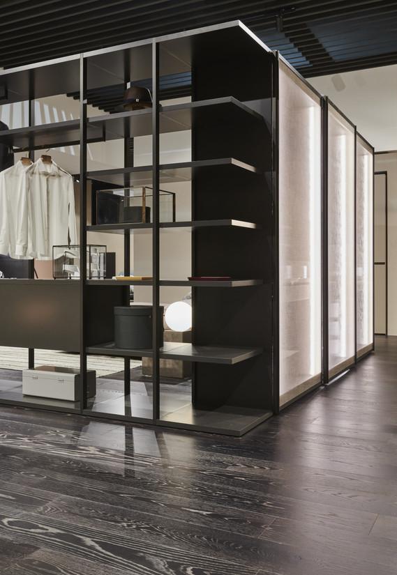 Open walk in wardrobe with scringo.jpg
