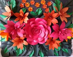 Painel de flores e folhas