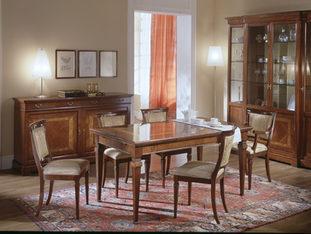 Tavolo rettangolare in ciliegio allungabile in stile classico