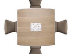 Tavolo quadrato in frassino allungabile, con decoro