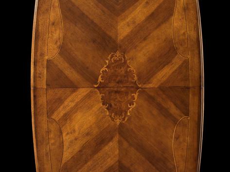 Piano tavolo rettangolare in noce intarsiato
