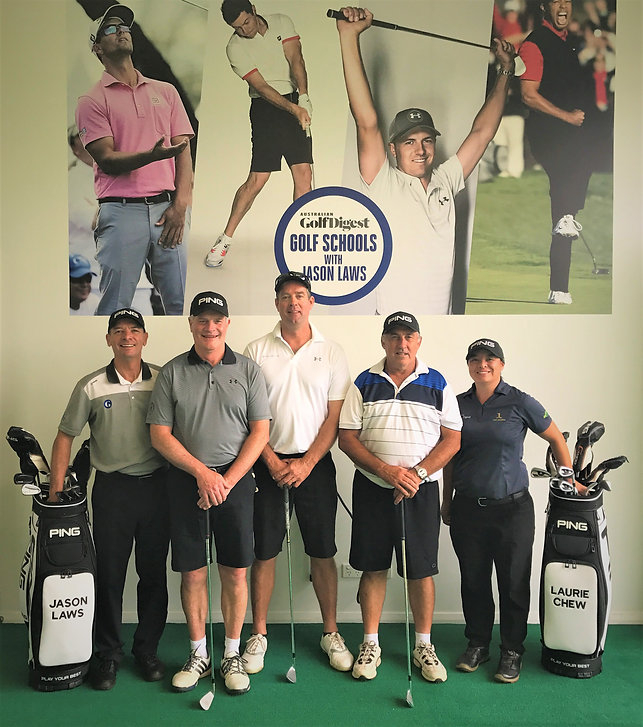 Jan golf school group2.jpg