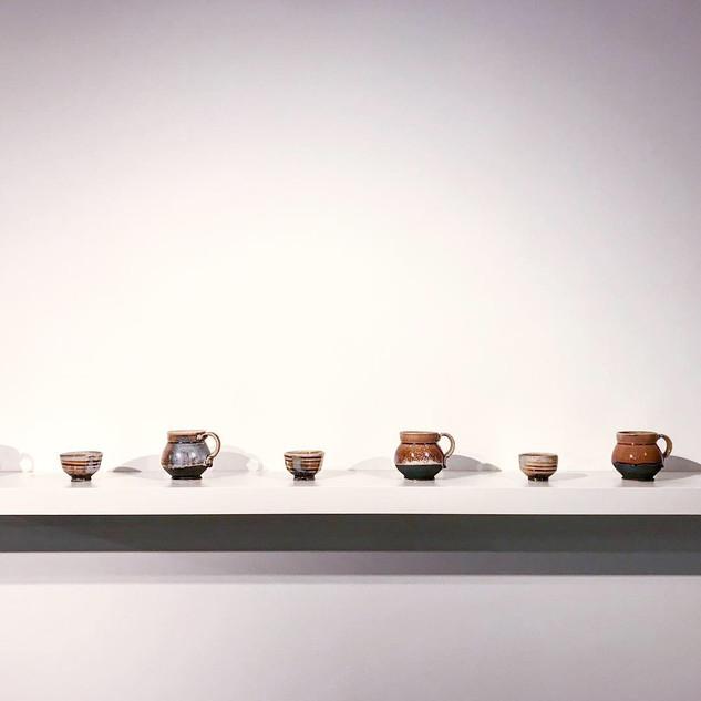 mugs and medicine cups