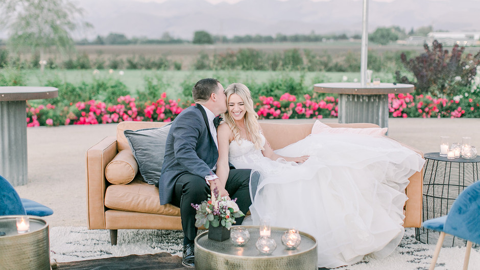 The Wedding Standard Featured   A Fresh and Modern Country Wedding   Carly + PJ