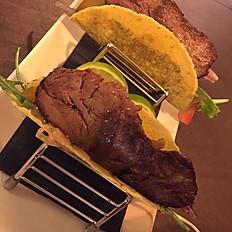 Entrante: Taco de Carne Argentina