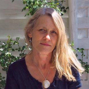 Seelnbild Kraftbild individuell u. Malkurse Coaching Meditation Schulung Intuition Selbstfindung Astrologie Michèle Tara Mooser Atelier Lilly Elfingen