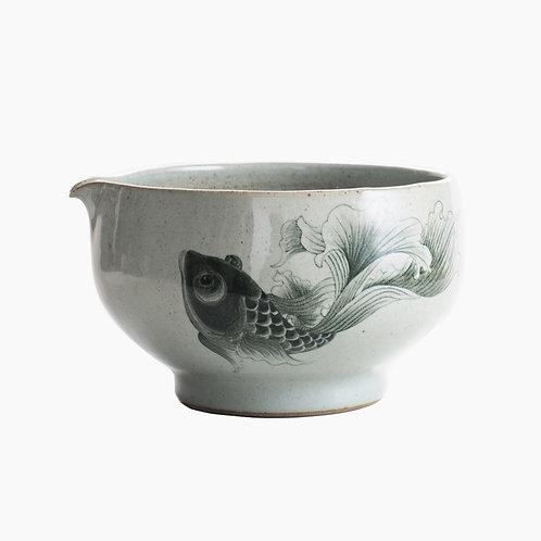 Big Fish Porcelain Spouted Bowl